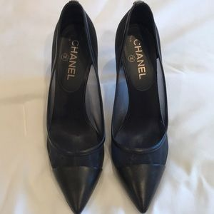 Chanel heels with mesh sz 37.5 (like new)